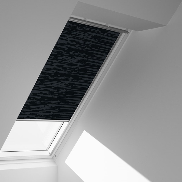 Velux blinds and shutters for Blinds for velux skylights